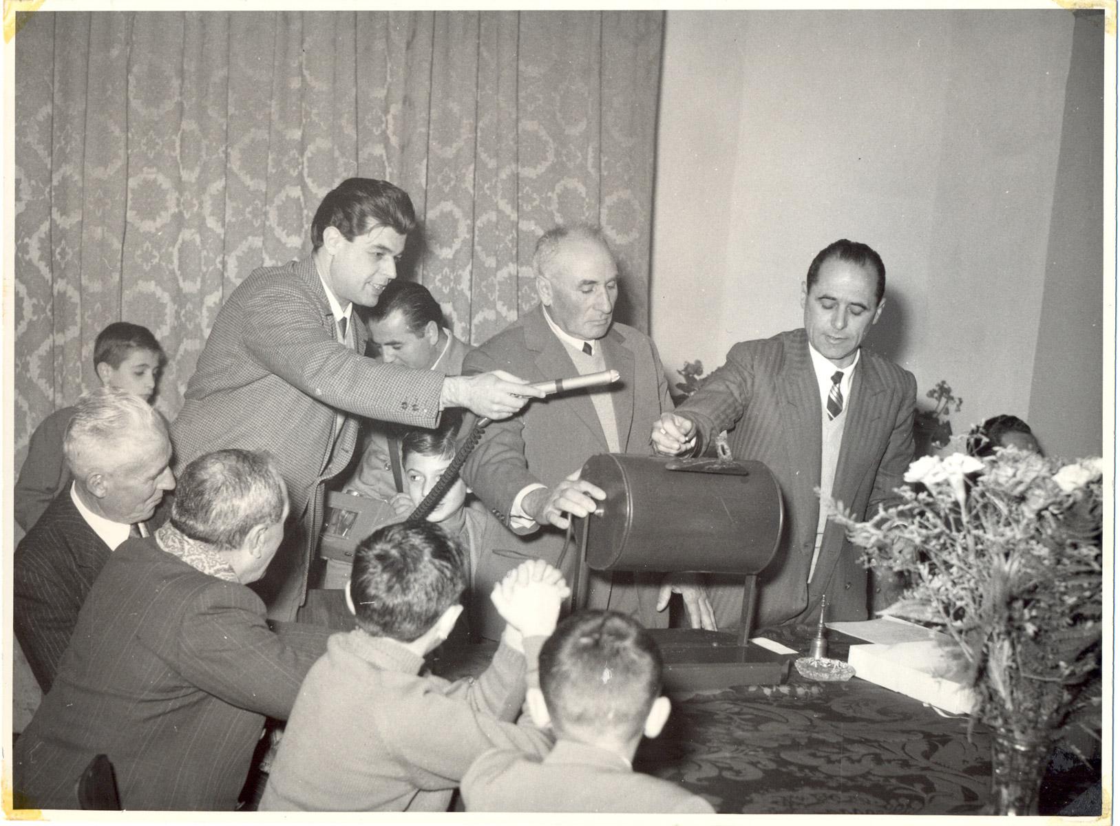 Foto0036-Anno-1956